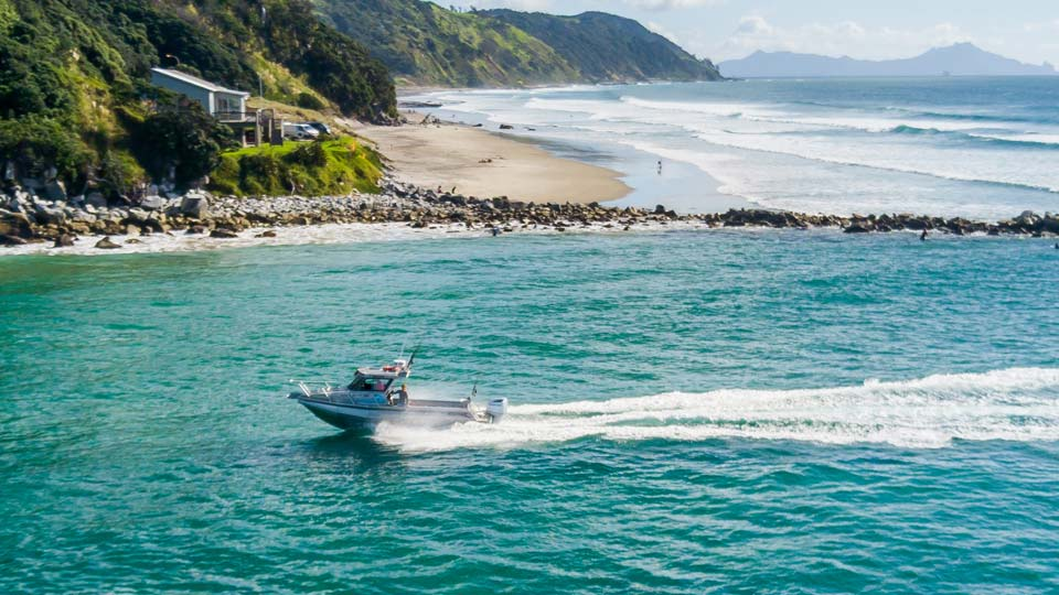 Fishing charters from Mangawhai and sightseeing along the Mangawhai coast - explore the Hauraki Gulf with Fishmeister
